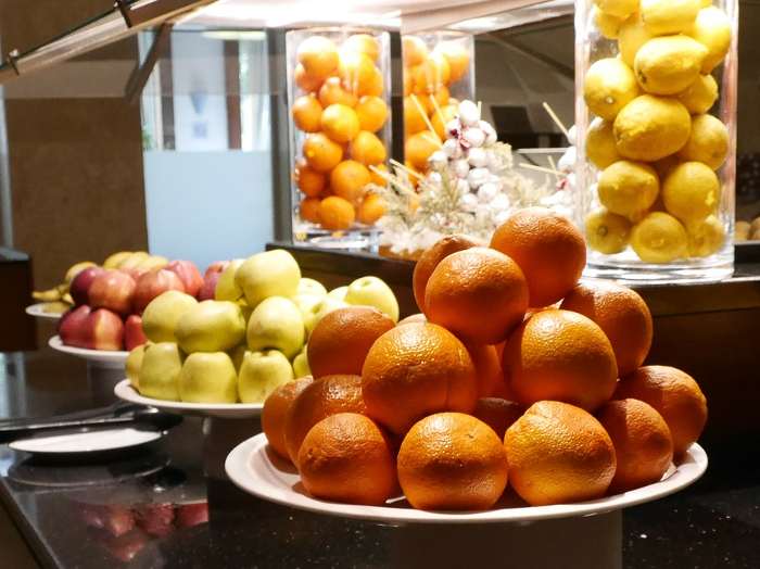 Fruit, gezonde voeding in bedrijfskantines, vitaliteit op de werkvloer